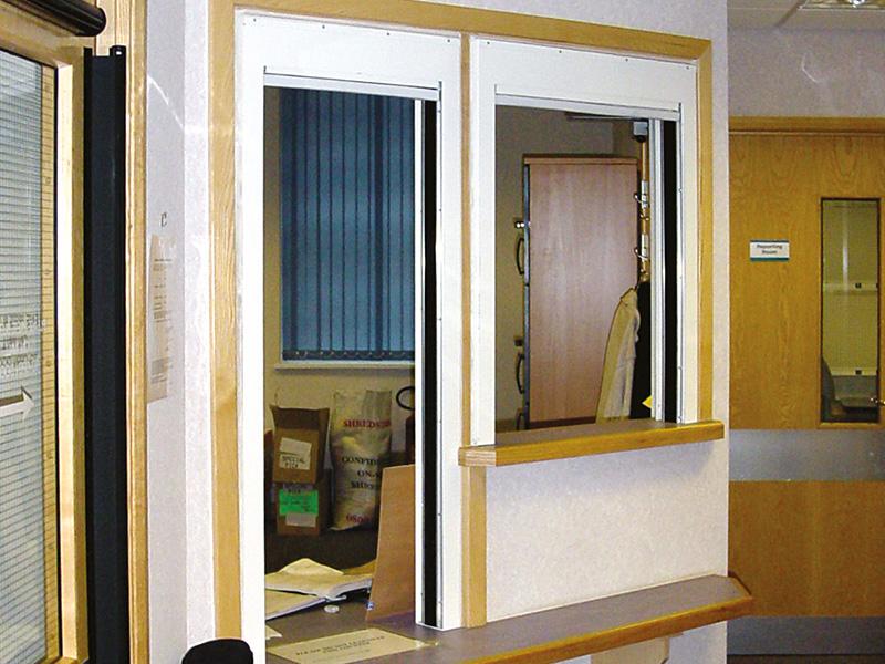 Drop_curtain_at_COLCHESTER-HOSPITAL-MRI-CENTRE